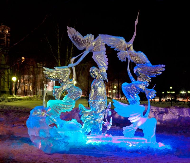 Фестивали снежных и ледовых скульптур в России